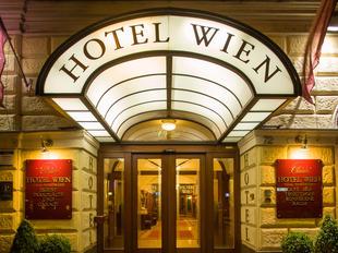 Der Eingang des Austria Classic Hotel Wien