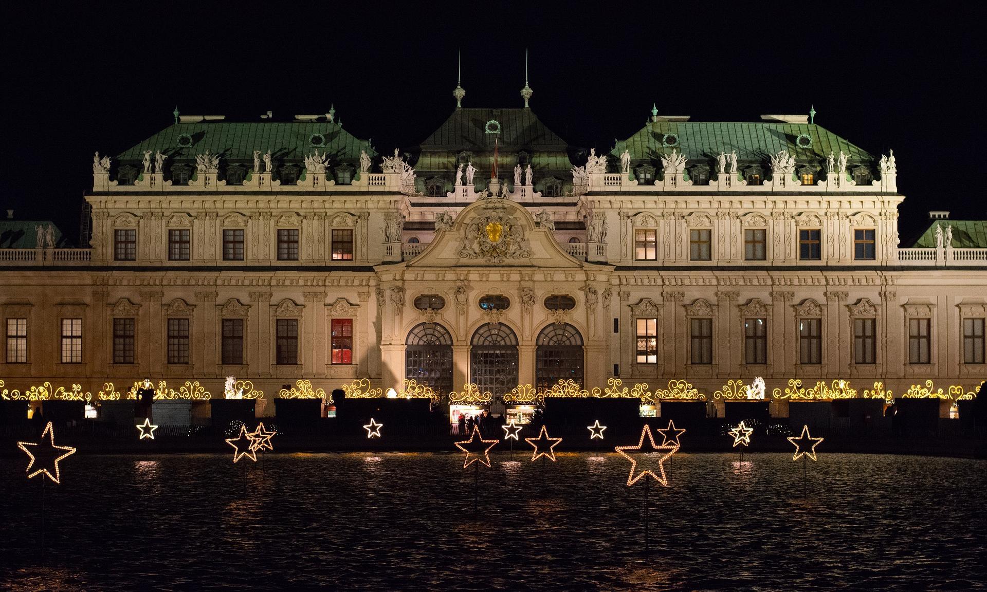 Weihnachtsdorf Schloss Belvedere - Wien